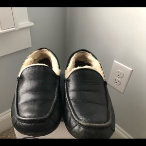 Uggs Ascot Slippers
